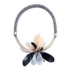 MARNI Premium Flower Decorated Simple Design STATEMENT NECKLACE