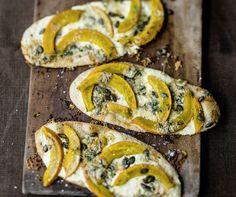 Flammkuchen mit Kürbis – deftig vegetarisch #vegetarisch #kochen #rezepte