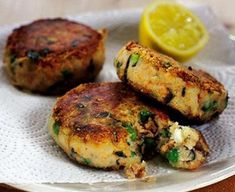 Minted salmon & pea fish cakes