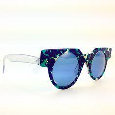 kings_cross_eyes 3 days ago Superb 1991 SWATCH sunglasses, model S12-002. #vintage #vintageeyewear #vintagesunglasses #vintageswatch #swatch #1990s #kingscrosseyes