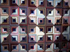 It takes several yards of fabric to make a queen size quilt. Old Quilts, Easy Quilts, Pegboard Display, Quilting Frames, Hand Quilting, Patchwork Quilt Patterns, Queen Size Quilt, Quilt Material, Star Quilt Blocks