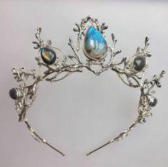 labradorite crystal tiara