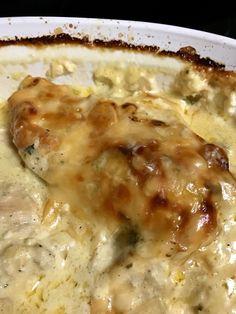 Creamy Baked Chicken and Mushrooms Baked Chicken And Mushrooms, Creamed Mushrooms, Stuffed Mushrooms, Cream Of Chicken Soup, Creamy Chicken, Chicken Seasoning, Mushroom Recipes, Main Meals, Casserole Recipes