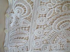 Nouveautés > LINGE ANCIEN/ Sublime chemisier ancien entèrement fait main en dentelle de Luxeuil - Passion de Blanc - Broderie ancienne - Antique & Vintage French linen