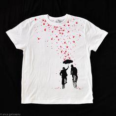 umbrella ride t-shirt – galigallery T Shirt Diy, My T Shirt, Shirt Print, New T Shirt Design, Shirt Designs, Cool T Shirts, Tee Shirts, T Shirt Painting, Painted Clothes