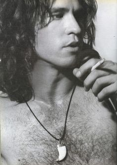 Val Kilmer in The Doors    Wow.  What a resemblance to Jim Morrisson....almost scary!