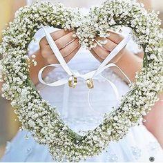 llegar anillos en boda paje