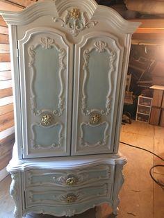 Chalk Paint Furniture, Hand Painted Furniture, Distressed Furniture, Funky Furniture, Repurposed Furniture, Shabby Chic Furniture, Shabby Chic Decor, Furniture Makeover, Vintage Furniture