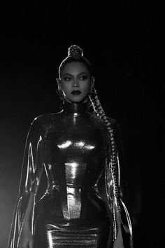 beyonce shared by Caamii on We Heart It Beyonce Knowles Carter, Beyonce And Jay Z, Beyonce Family, Blue Ivy, Destiny's Child, Rihanna, King B, Beyonce Performance, Beyonce Style