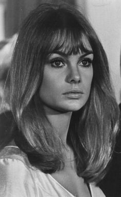 New Fashion Vintage Photography Jean Shrimpton 45 Ideas Hair Inspo, Hair Inspiration, Jean Shrimpton, 60s Hair, Mid Length Hair, Most Beautiful Faces, Top Models, Grunge Hair, Twiggy