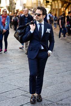 Men's Street Style Inspiration Mens Fashion Blog, Daily Fashion, Fashion Tips, Fashion Design, Men's Fashion, Mens Style Guide, Men Style Tips, Mens Smart Attire, Mens Suits