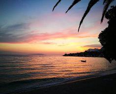 Bože, ten výhled👐❤ #sea #crovatia #chorvatsko #heaven #nightfall #redheaven #dusk #redskyatnight #perfect #lovethisphoto #feellikeaphotographer #photobyhuawei #huaweip9 #p9 #leica #oo #littlebitofperfect