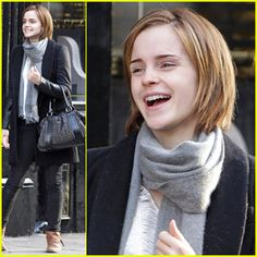 emma watson short hair growing out | Casadecoimbra