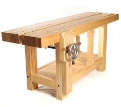 Roubo, l'établi qui travaille tout seul… Ou presque! Matériaux Planches de hêtre pour la table: 50mm d'épaisseur au minimum et 100mm de large au minimum, longueur: 2m minimum, id…
