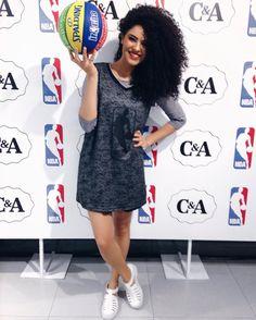 Pagando de jogadora de basquete no evento da @cea_brasil  lançamento de camisetas da NBA para a C&A  #NBAeC&A