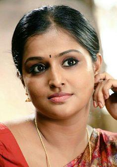 Sani2a27 Beautiful Indian Brides, Most Beautiful Indian Actress, Bollywood Actress Hot Photos, Beautiful Bollywood Actress, Indian Natural Beauty, Indian Face, Face Cut, South Indian Actress Hot, Woman Face