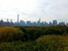 De la azotea del Metropolitan (Nueva York) al cielo sólo hay un paso. Da la sensación de que los enormes rascacielos de la Gran Manzana son de juguete.