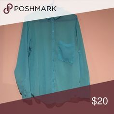 🎃FALL SALE🎃 Garage Button Down Blouse Beautiful turquoise Blouse in like new condition. Garage Tops Blouses