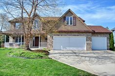 Just listed ! $429,900 with 4 beds and 2.1 baths... #lemont #realestate