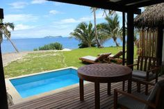 Fiji Resort's matamanoa Beacfront Villas