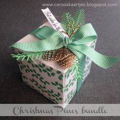 "Caro's Kaartjes - Stampin' Up! White Gift Boxes with acetate sleeves, Christmas Pines, Pretty Pines Thinlits, Holly Berry Happiness, Blossom Builder Punch, Festive TIEF, Cucumber Crush 5/8 ""(1.6 cm) Mini Striped Ribbon Caroline van der Straaten  https://carooskaartjes.blogspot.nl/2016/09/stampin-up-kerstcadeautje.html"