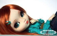 Pullip Doll. I have no clue what it is but it's beautiful and I want one.