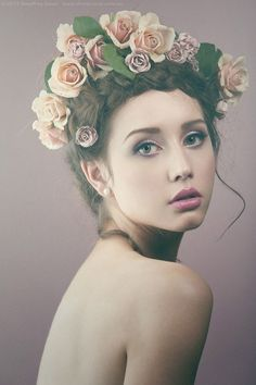 25 Creative Beauty Photography examples by Geoffrey Jones | Read full article: http://webneel.com/25-creative-beauty-photography-examples-geoffrey-jones | more http://webneel.com/beauty-photography | Follow us www.pinterest.com/webneel