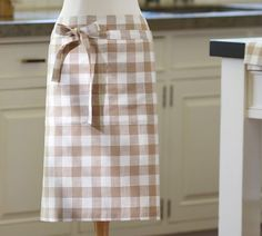 Gingham Check waiter's apron | Pottery Barn