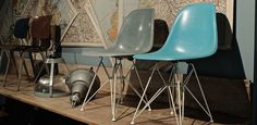 Eames Side Chair swimmingpoolblau & seafood...