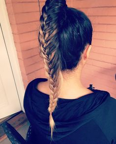 50 Lovely Braided Ponytail Hairstyles — French, Dutch, Fishtails, and More! Check more at http://hairstylezz.com/best-braided-ponytail-hairstyles-french-dutch-fishtails/