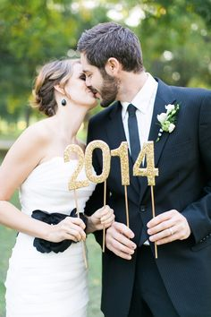 New Year's Eve Wedding Inspiration on Style Me Pretty! See more here: http://www.stylemepretty.com/2013/12/30/new-years-eve-wedding-shoot/ Elisabeth Carol Photography
