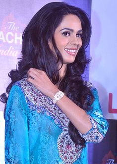 I can't be Draupadi, says Mallika Sherawat on the sets of The Bachelorette India! - http://www.bolegaindia.com/gossips/I_cant_be_Draupadi_says_Mallika_Sherawat_on_the_sets_of_The_Bachelorette_India-gid-35781-gc-16.html