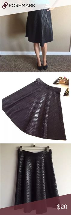 """Faith joy leather look alone skirt ~❤ FAITH AND JOY, Women's, Black, Knee-Length, Midi, Skirt❤~ ❤Size: M  Hips across: free size, will fit even those with wide hips like 42""""  Length: 23.5""""  95% Polyester, 5% Spandex  A-line skirt  Leather look! faith joy Skirts Midi"""