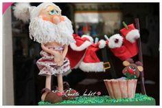 Papá Noel Fofucho en calzones con moldes - Marina Creativa Christmas Deco, Christmas Crafts, Xmas, Christmas Ornaments, Birthday Candles, Flora, Santa, Holiday Decor, Yorkshire