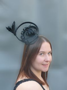 Black Fascinator Cocktail Hat. Sinamay and Feather Head Piece Hair Comb. For Weddings, Races, Derby etc.