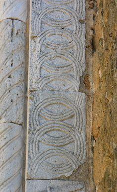 ВИЗАНТИЯ В КАРТИНКАХ - Декор портала Кафедрального собора Сованы, Италия, VII в