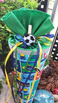Schultüten - Fussball/ Tor - Schultüte/ Zuckertüte - ein Designerstück von XBergDesign2 bei DaWanda