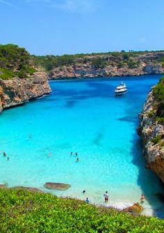 Calo des Moro Beach, Spain: - holidayspots4u