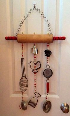 Items similar to Repurposed vintage rolling pin and kitchen misc. wind chime on Etsy Antik inredning Primitive Kitchen, Old Kitchen, Vintage Kitchen, Kitchen Stuff, Kitchen Decor, Primitive Country, Kitchen Tools, Kitchen Gadgets, Kitchen Dining