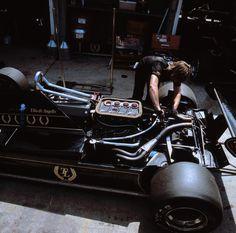 Nigel Mansells  Elio de Angelis Lotus 91 at Long Beach, 1982 US West Grand Prix