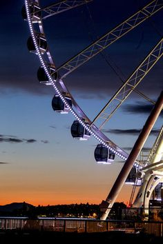 Seattle's Great Wheel ride is a popular waterfront attraction. (Dean Rutz / The Seattle Times) Seattle Weekend, Seattle Vacation, Seattle City, Moving To Seattle, Seattle Times, Seattle Area, Seattle Sights, Seattle Waterfront, Seattle Travel