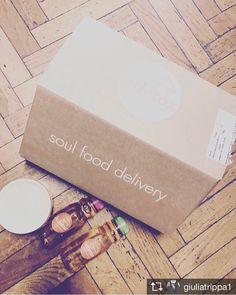 Repost from @giuliatrippa1 >>>> Soul food delivery #bedetox #besmart #veganok #thanks @bedetox  #veganfood #glutenfree #detox