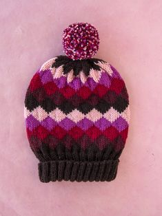 Head to the Sleigh! Knitting Designs, Knitting Patterns Free, Knitting Projects, Crochet Patterns, Fingering Yarn, Circular Knitting Needles, Fair Isle Knitting, Christmas Hat, Yarn Needle