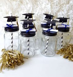 Mason jar drinks at a graduation party! See more party planning ideas at ! Graduation Crafts, Graduation Party Planning, Graduation Party Favors, Kindergarten Graduation, Graduation Celebration, Graduation Decorations, High School Graduation, Graduation Ideas, Graduation Centerpiece