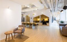 Idea SimplyWork Co-working Space: Renovation of a factory building by in Shenzhen, China Booth Seating, Co Working, Coworking Space, Home Studio, Shenzhen, Pent House, Office Interiors, Offices, Architectural Photography