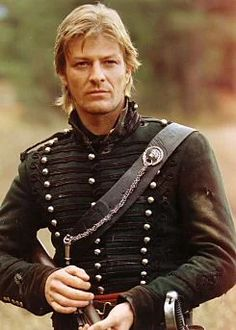 Young Sean Bean wearing an uniform (Sharpe) : VintageLadyBoners