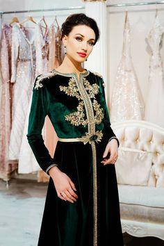 Morrocan Kaftan, Moroccan Dress, Kaftan Style, Caftan Dress, Hijab Dress, Muslim Wedding Dresses, Bridal Dresses, Sparkly Wedding Shoes, Bridal Shoes