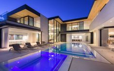 Welcome to the 'Shark House' – one of the most distinct properties in Los Angeles. Set in the esteemed Doheny Estates, this three-story modern masterpiece fe. Villas, Double Storey House, House Front Design, Dream House Exterior, Los Angeles Homes, Facade Design, Exterior Design, Story House, Design Your Home