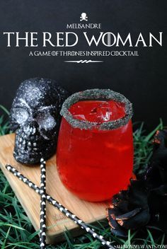 Red Woman Cocktail - Game of Thrones Red Woman; A Game of Thrones Inspired CocktailRed Woman; A Game of Thrones Inspired Cocktail Game Of Thrones Drink, Game Of Thrones Cocktails, Game Of Thrones Party, Bar Drinks, Cocktail Drinks, Cocktail Recipes, Red Cocktails, Fireball Cocktails, Halloween Cocktails