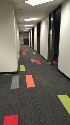 12 Floor Design Carpet Floor Design Carpet - Net Effect Skinny Planks Create wayfinding on the floor Interface Stockholm Showroom World Woven collection Touch Colorful floor. Commercial Carpet Tiles, Commercial Flooring, Iron Age, Carpet Flooring, Rugs On Carpet, Office Carpet, Carpet Trends, Carpet Ideas, Hallway Designs